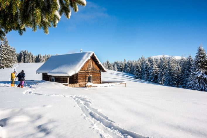 clear-and-sunny-winter-day-shutterstock_343073753-2_pix2000
