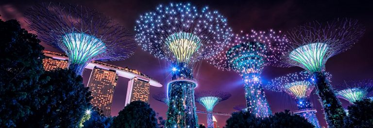 Gardens-by-the-Bay-in-Singapore_shutterstock_1069596530-1