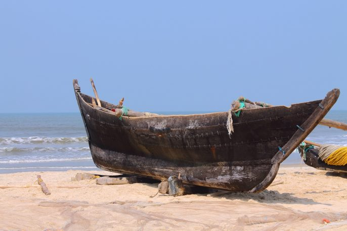 boot op strand in gambia
