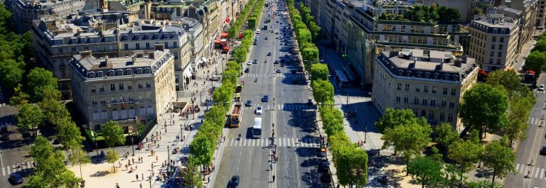 Champs Elysees in Parijs